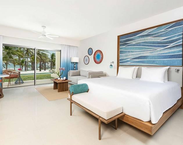 hyatt ziva riviera cancun ocean front junior suite swim up king